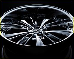 "CarMe[カーミー]|Weds/イマドキドレスアップホイールの新潮流 キーワードは""センスと色気"""