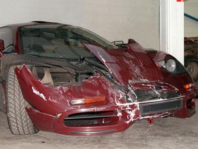 マクラーレン 事故車