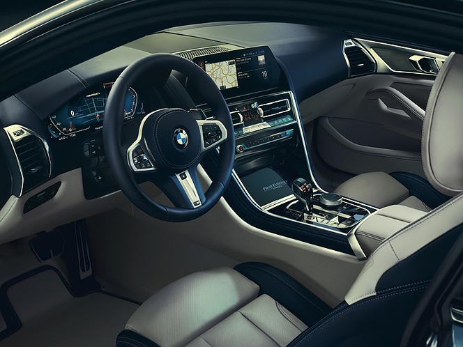 BMW 8シリーズ First Edition