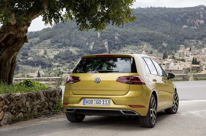 VW ゴルフ 2017