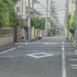 道路に描かれたひし形マークなど、忘れがちな標識・標示5選