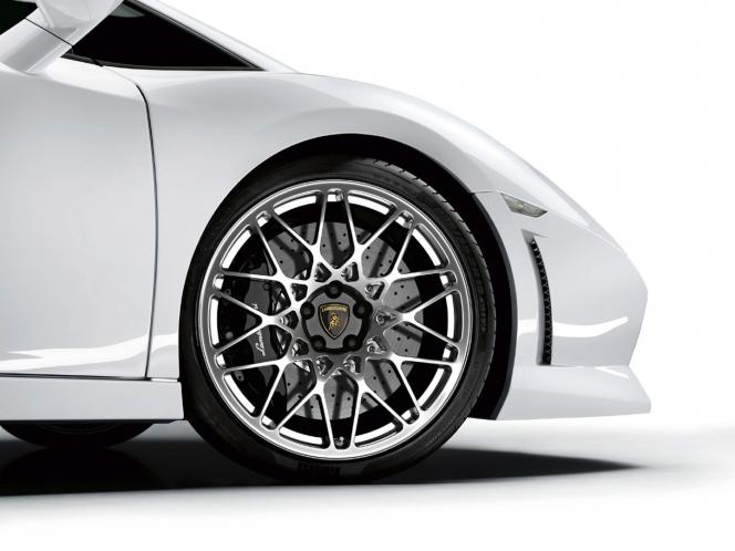 Lamborghini Gallardo LP560-4 wheel