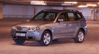 BMW X3 ①
