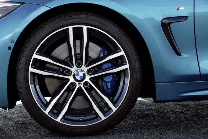 BMW 4シリーズ クーペ 2017
