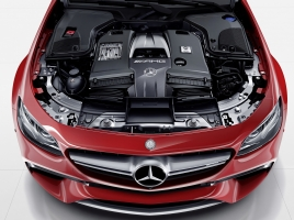高級車を中心に普及してきたエンジンカバー…何のために付いているのか?