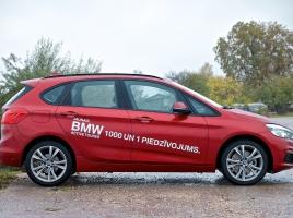 BMW異例のFF車、アクティブツアラー。FFでもBMW「らしさ」は残っているのか?