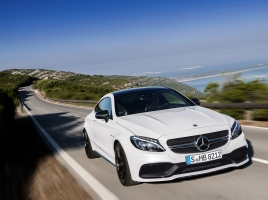 BMW3シリーズとメルセデス・ベンツCクラスはそれぞれ、モデルチェンジで何が変わった?