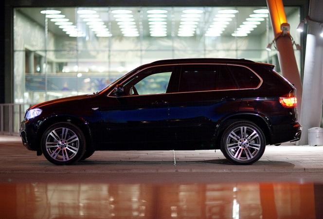 BMW X5①
