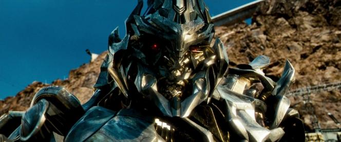 メガトロン (Megatron) エイリアンジェット
