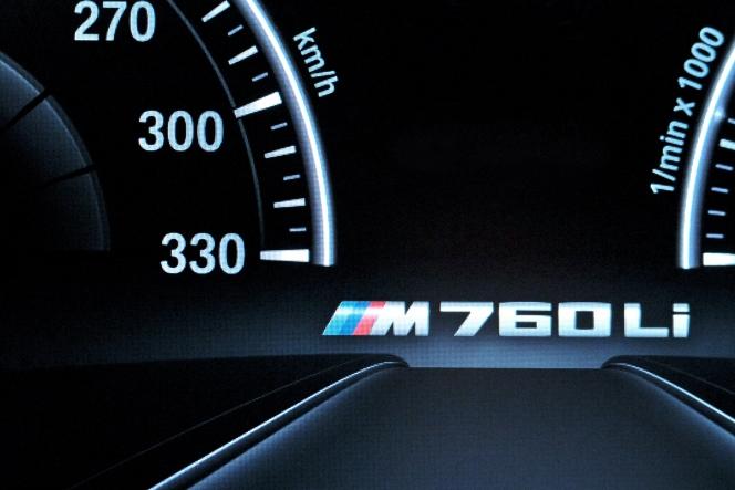 G12 M760Li press