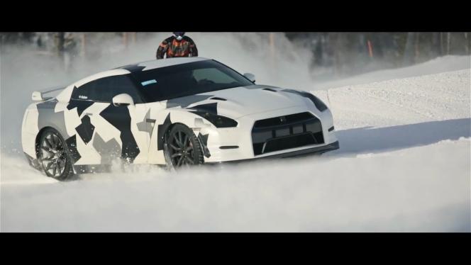 GT-R 雪原疾走