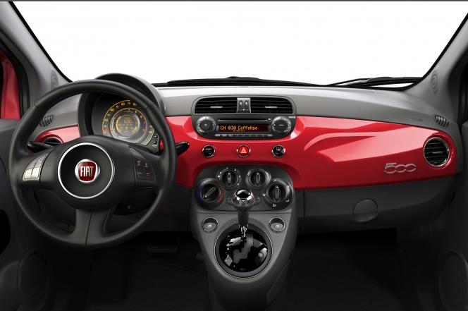 Fiat 500 2013年モデル インテリア