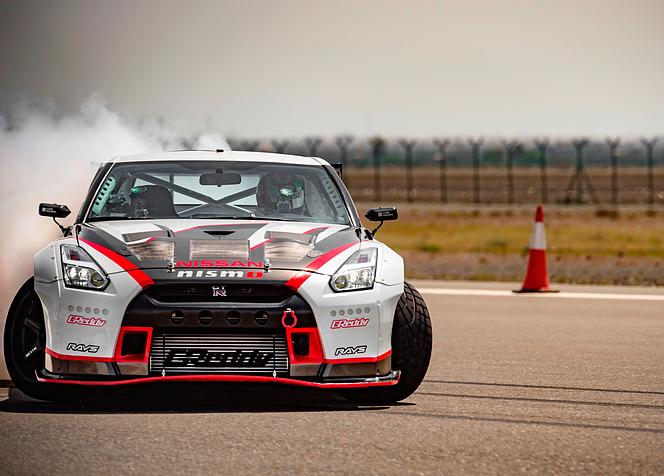 日産 GT-R NISMO ギネス記録