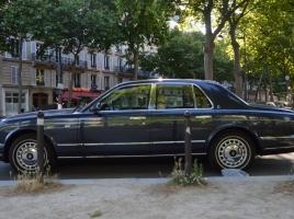 キング・オブ・ポップは車もキング級だった?故マイケル・ジャクソン氏の驚きの愛車たち!