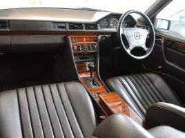 「本革」に負けない質感!?高級車にも採用される近年の「合成皮革」の実力とは?