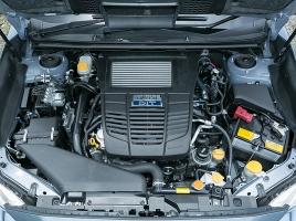 現行スバルに搭載されているボクサーエンジンはそれぞれ何が違うのか?