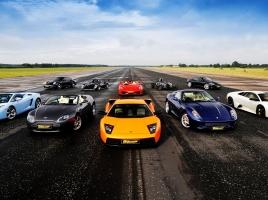 最近のスポーツカーには2シーターが多い?2シータースポーツ考察