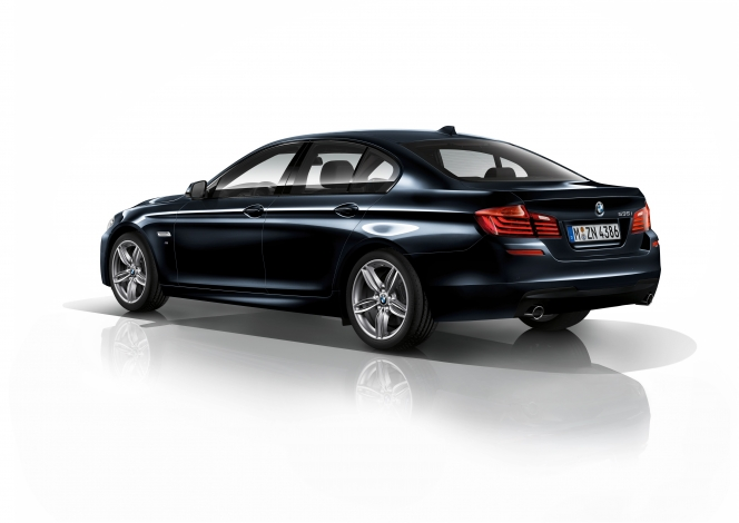 BMW 5 Mスポーツ