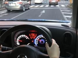 スピードメーターの値、実際の速度と誤差があるって本当?その要因とは?