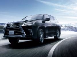 実燃費が4km/L台?!ヘビー級SUV レクサスLX対メルセデスGLSクラス、極悪燃費キングはどっちだ?
