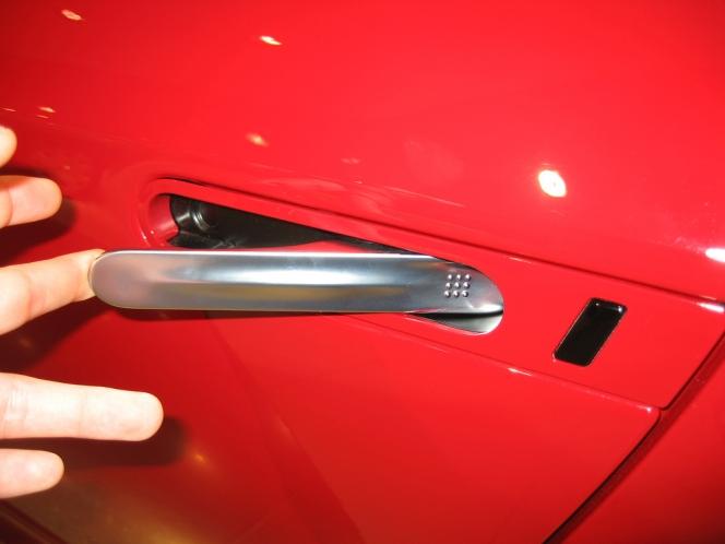 日産GT-R アウタードアハンドル