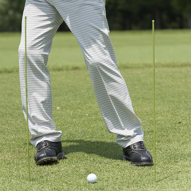 ゴルフ 足元