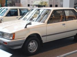 昔はこんなモデルだったの!?アメリカで大人気のトヨタ「カムリ」!