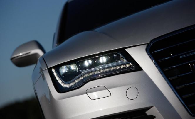 2012 Audi A7 Sportback headlight