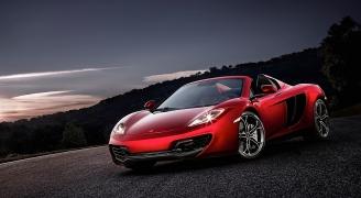 McLaren 12C Spider Red