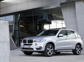どっちにする?BMW X5とX3、それぞれの魅力とは?