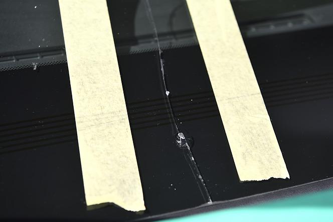 ガラス交換記事関連写真 雪岡直樹