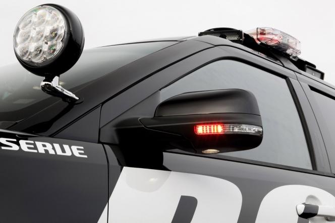 警察車両 ライト