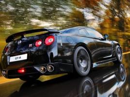 オーナーの特権?日産 GT-Rの慣らし運転の方法とは?