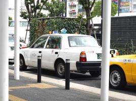 知ってた?タクシーの行灯に隠された意味