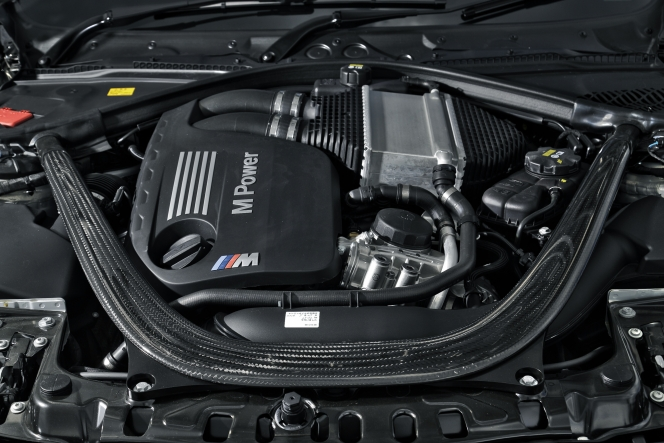 BMW M4 engine