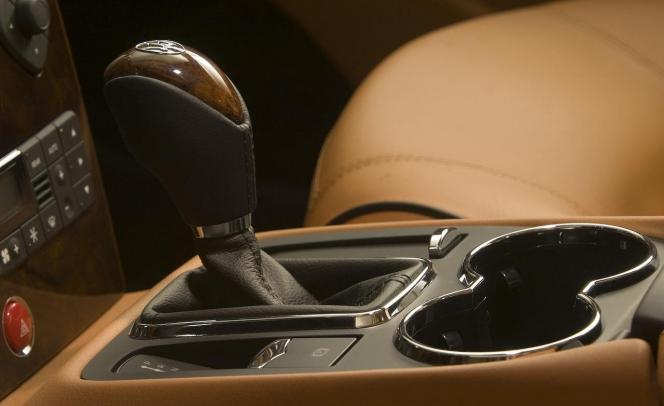 2008 Maserati Quattroporte Automatica shift lever