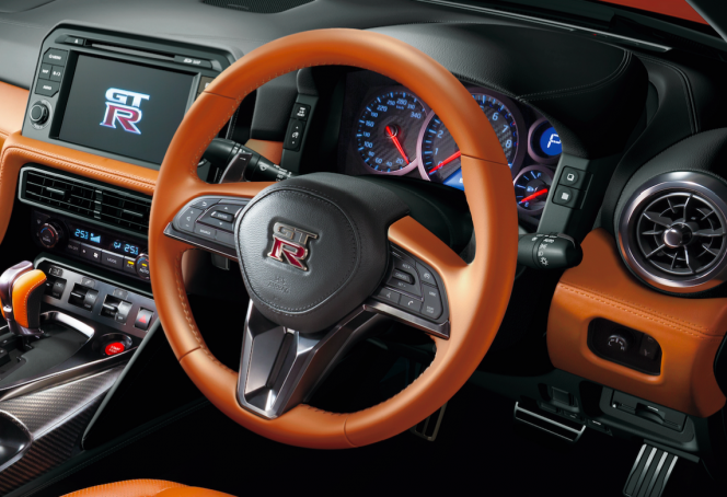 GT-R 2017 ステアリング
