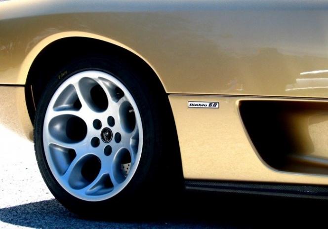 Lamborghini Diablo wheels