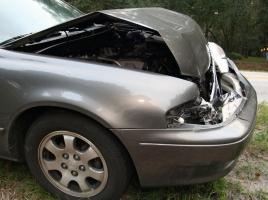 煽られて急ブレーキの結果『衝突事故』…この場合はどちらが悪いのか