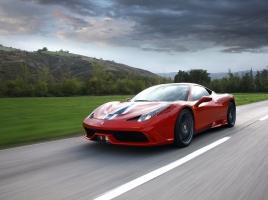458イタリアの高性能版!フェラーリ 458スペチアーレってどんな車?