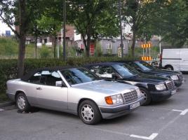 高級車には付いていることが多かったボンネットマスコット…なぜ減っているのか?