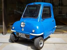 全長、全幅、全高わずか1メートル!? 世界最小の車「ピール P50」とは?