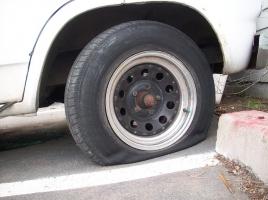 いつ変える?タイヤ交換のタイミング!