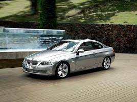 BMWの日本仕様からDCT採用車が減っている理由とは?現在の搭載車種は?