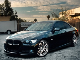 新型BMW 7シリーズに搭載の新技術…「カーボンコア」と「レーザーライト」の実力とは?
