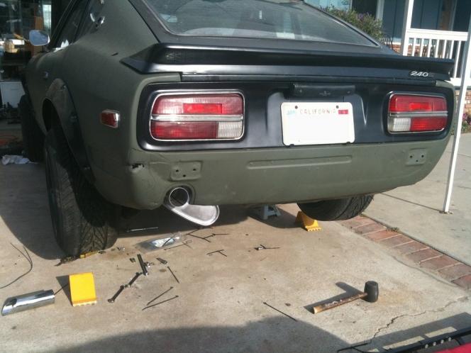 240Z exhaust