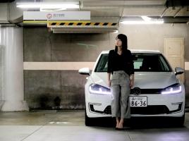 """【樽見祐佳の""""女子流""""】エコカーでしょ?そう思う人にこそ乗って欲しい、VW e-Golf"""