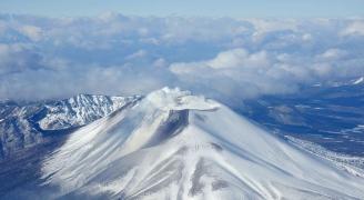 ダイナミックな活火山、浅間山