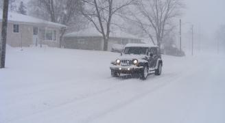 snow drive(camera:Michael Mol)