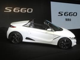 3/30ホンダS660発表会レポート!4月2日発売、初期ロット3000台は7月納車予定!